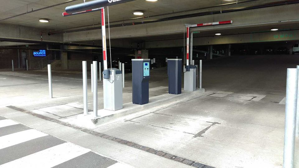 physical security consultant gate repair specialist gate installer bollard installer parking system repair technician pay parking system installers parking gate repair parkonect